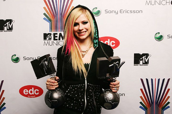 Avril Lavigne wins her first two MTV Europe Music Awards, 2007Via Getty