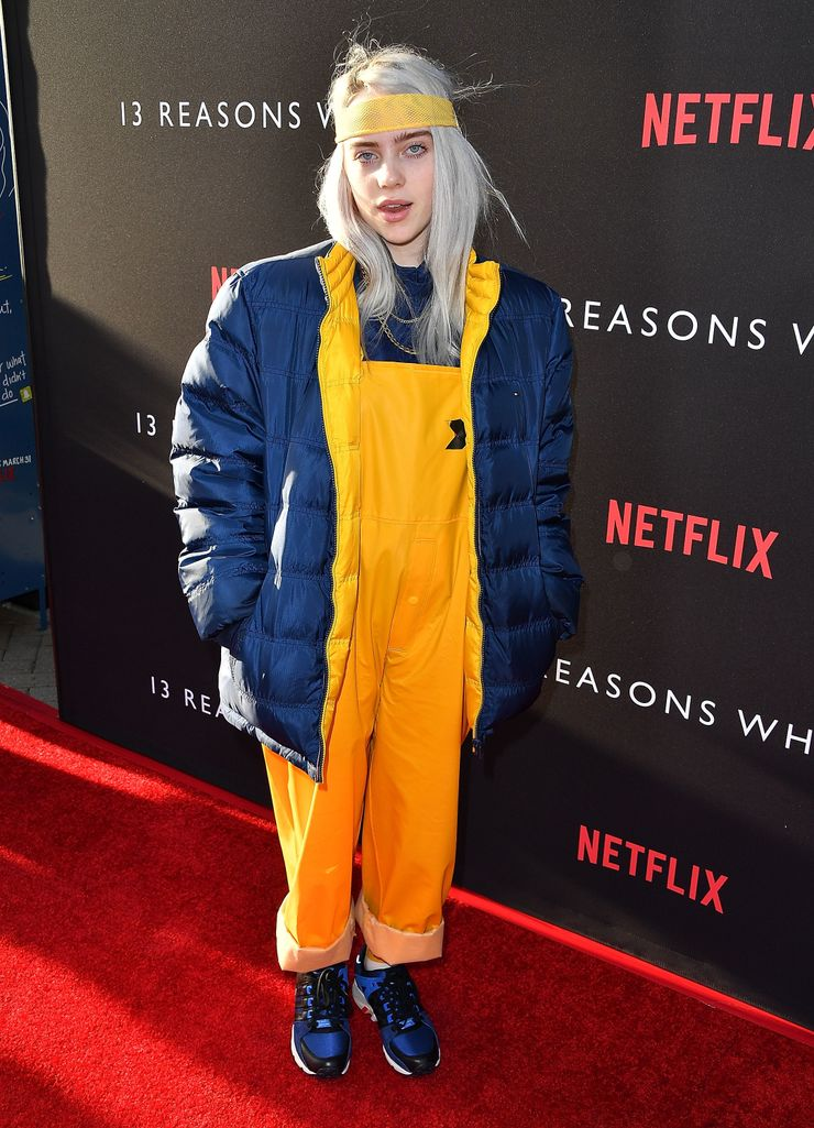20 Photos Of Billie Eilish S Most Interesting Outfits