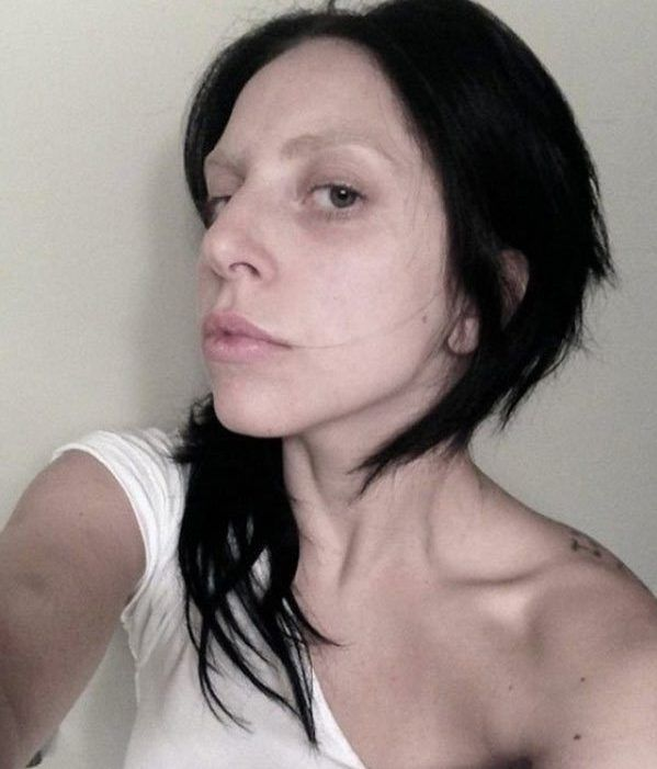 15 Photos Of Lady Gaga With No Makeup Thethings