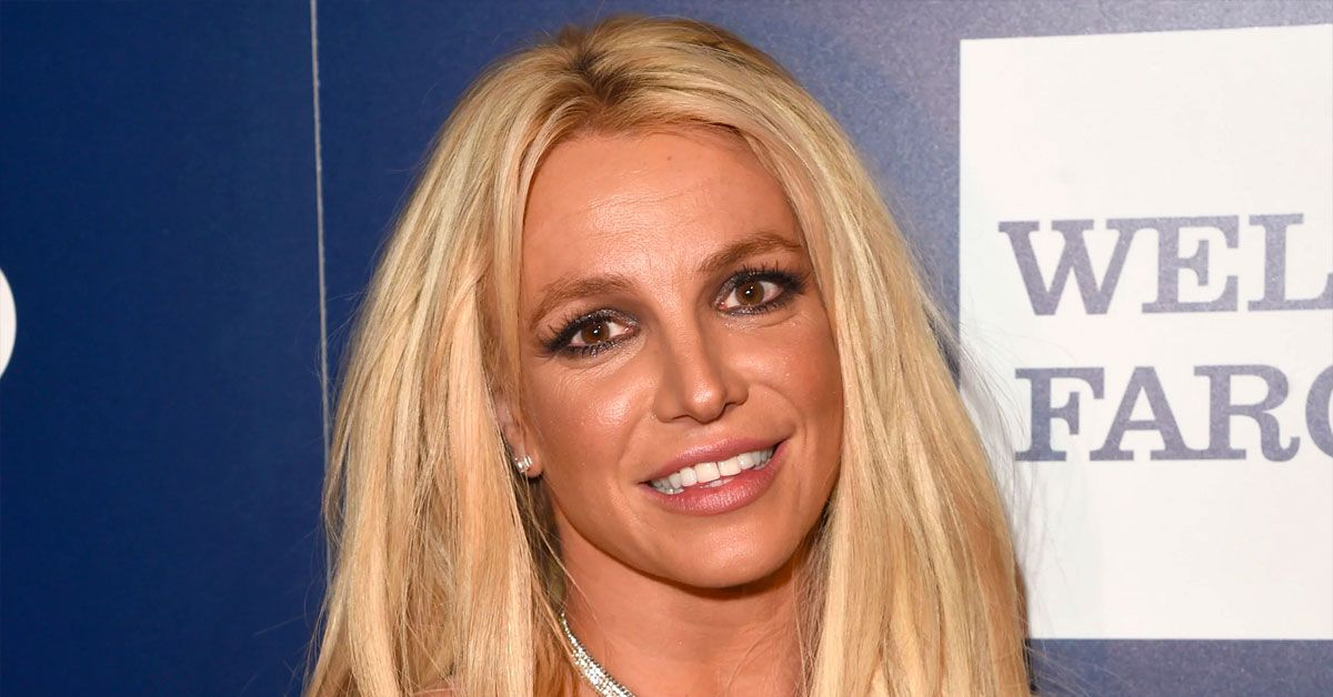Britney Spears Has Officially Lost It... What Is This Random Post About?