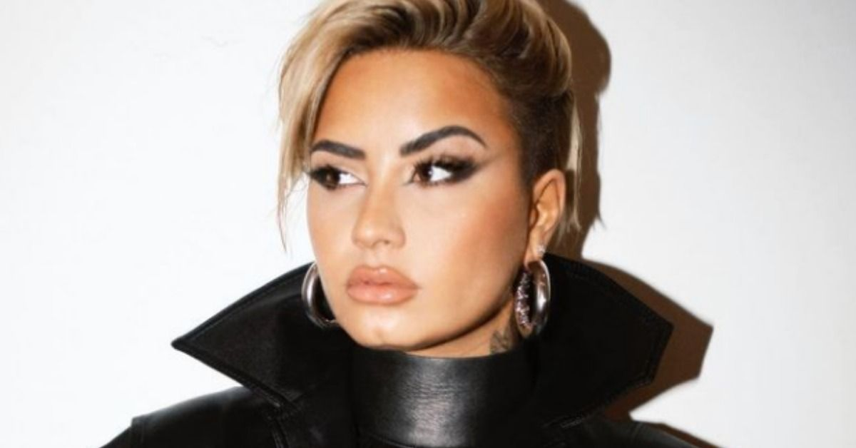 Celebs React To Demi Lovato's New Look   TheThings