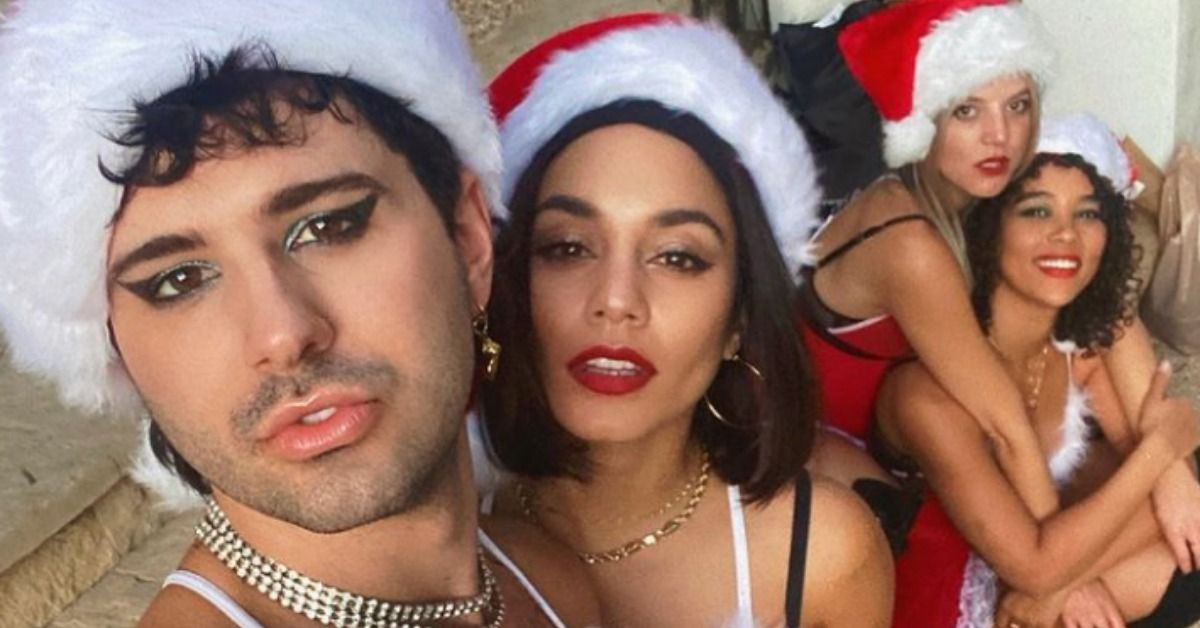 Vanessa Hudgens And Her Friends Re-Enact Iconic 'Mean Girls' Scene