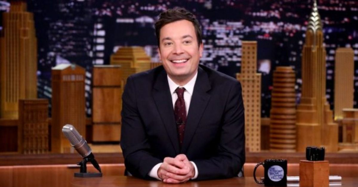 """Jimmy Fallon Teases 'Vanity Fair' """"Interview"""" With Hilarious Blooper"""
