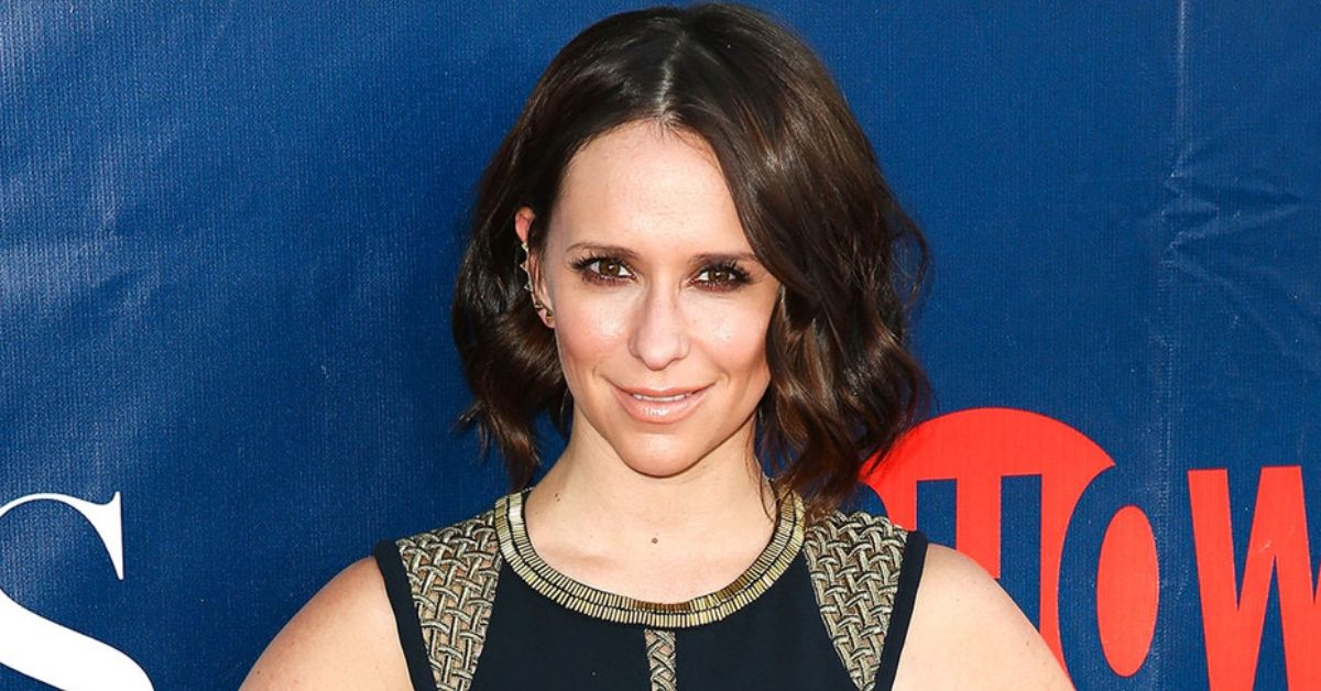 Here's What Jennifer Love Hewitt Has Been Up To Since 'Ghost Whisperer'