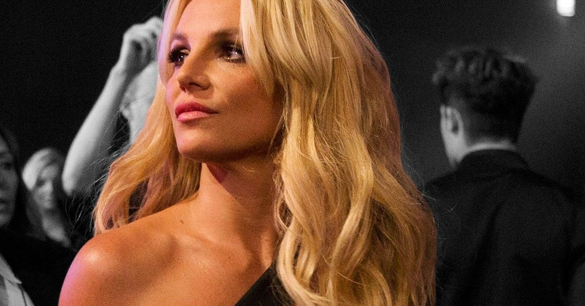 Fans Want To Know Exactly How Britney Spears Will Volunteer While Trapped At Home